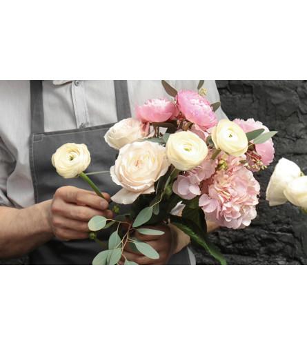 Metcalfe Florist Designers Choice