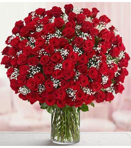 Super Luxurious 150 Red Roses