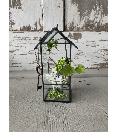 Farmhouse Lantern with Key-Heart