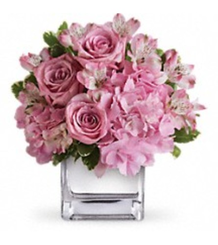 Teleflora's Be Sweet Bouquet (with Roses)