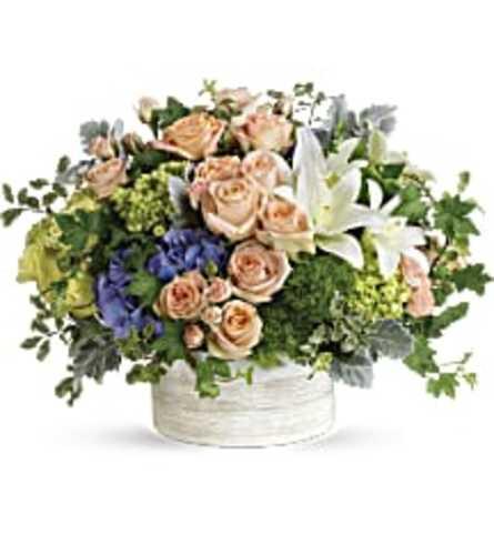 Teleflora's Intoxicating Beauty Bouquet