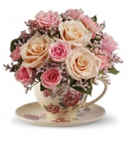 Teleflora's Victorian Teacup
