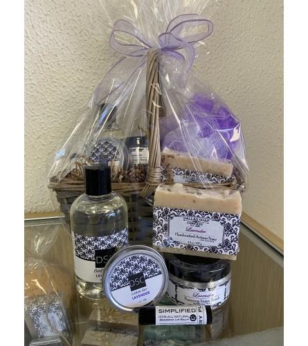 Dallas Soap Company Lavender Scent Spa Basket