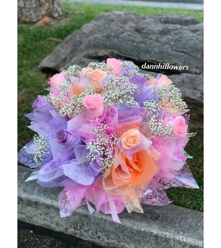 1 DZ HK roses