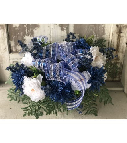 White and Blue Memorial Spray