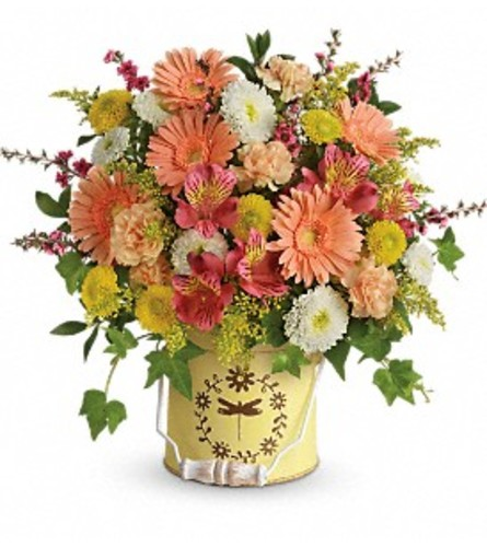 COUNTRY SPRING PAIL BOUQUET
