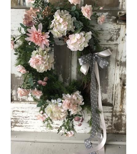 Oval Blush Wreath