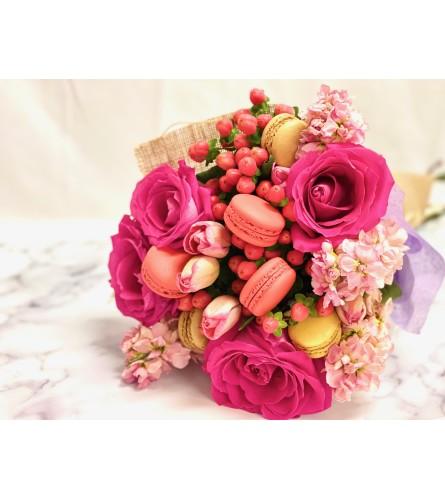Rosie Macaroon Bouquet