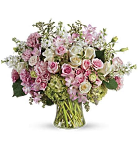 Beautiful Love Bouquet - Teleflora at Bow River Flower Atelier