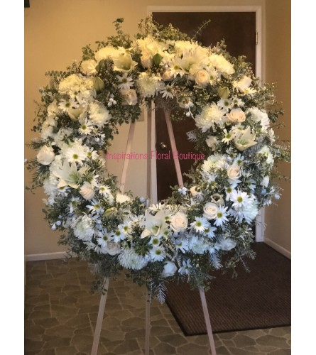 White Purity Wreath