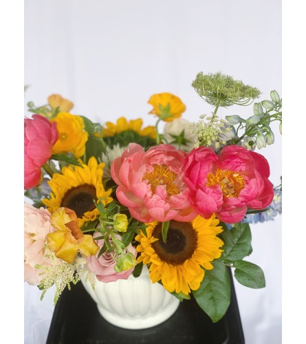 Botanique Signature Bouquet- Sunshine on a Cloudy Day