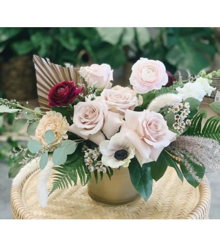 Botanique Signature Bouquet- Modern Romance