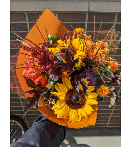 Designer Autumn Harvest Handtied Bundle
