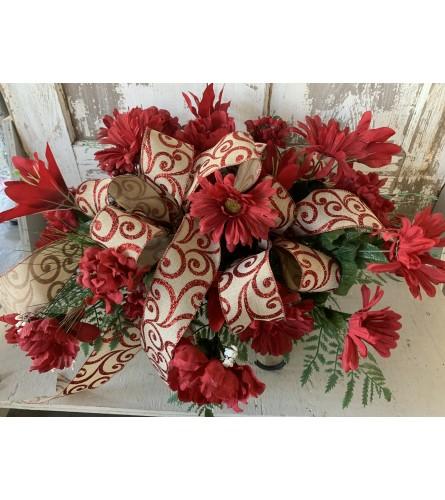 Red Floral Arrangement Saddle