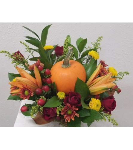 Pumpkin and Blooms Centerpiece