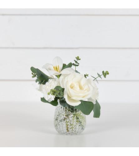 Allegro White's Flower Bouquet