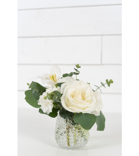 Allegro White's Flower Bouquet
