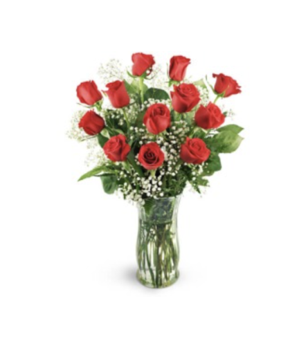 12 CLASSIC RED ROSES WITH BABY'S BREATH