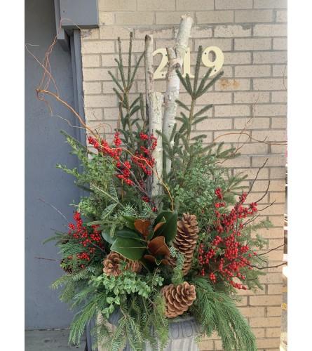 Lg Decorative Winter Urn one-sided