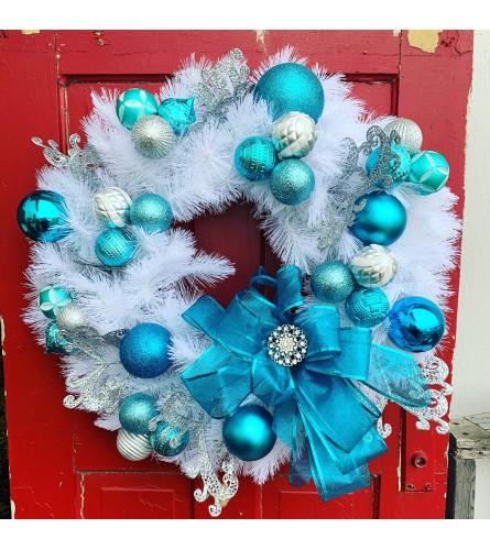 Winter Crisp Blues Wreath