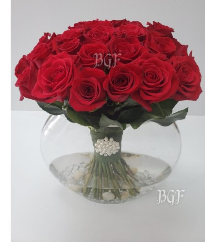 Red Glamour Half Moon Roses