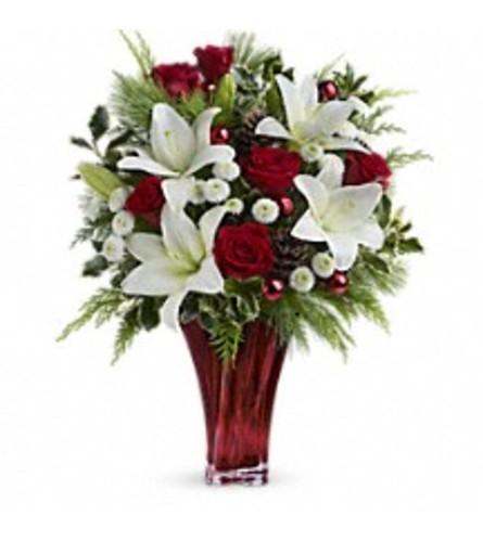 Teleflora's Wondrous Winter Holiday Bouquet
