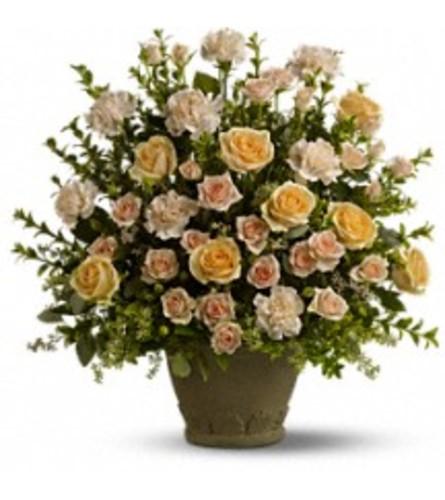 Teleflora's Rose Remembrance Bouquet