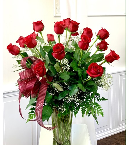 Beautiful Dozen Roses
