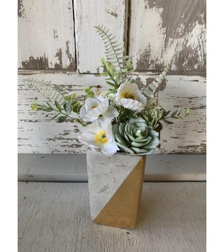 Color Blocked White Floral Vase