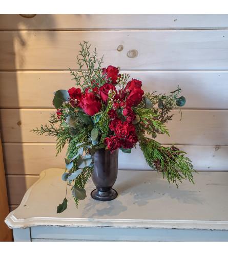 Romantic Rose Urn