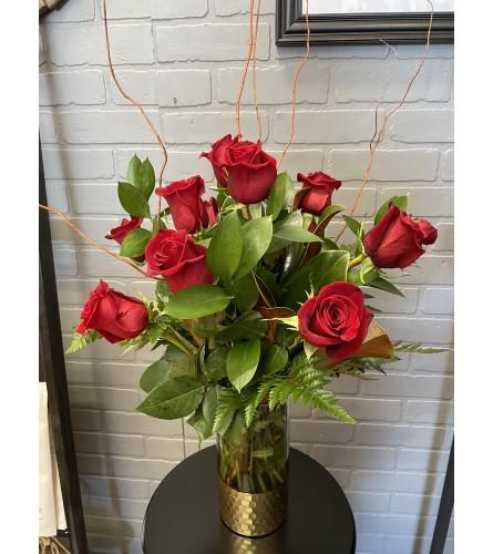 Modern Dozen Red Roses