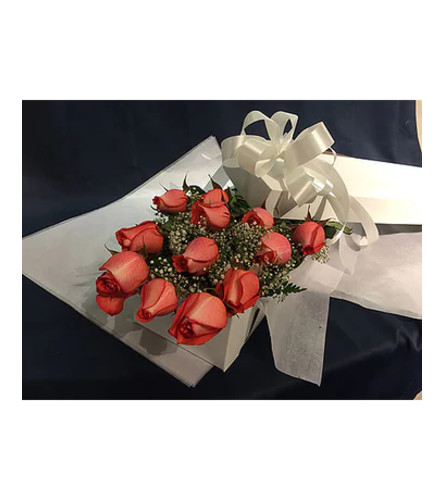 12 Orange Roses Boxed