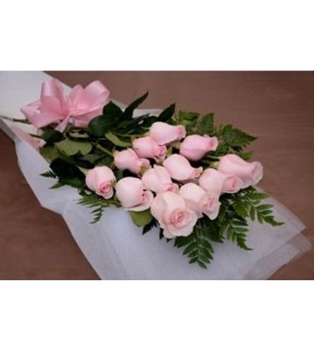 12 Pink Roses In Box