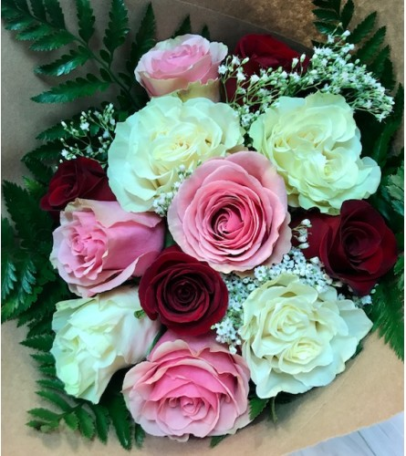 Handtied Mixed Dozen Roses