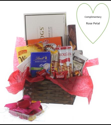 Incredibly Sweet Basket for Valentine