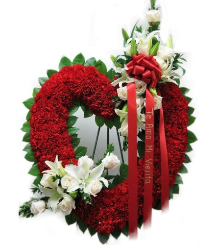 Premium Standing Red & White Hollow Heart