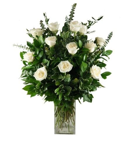 1 Dozen Stunning White Roses