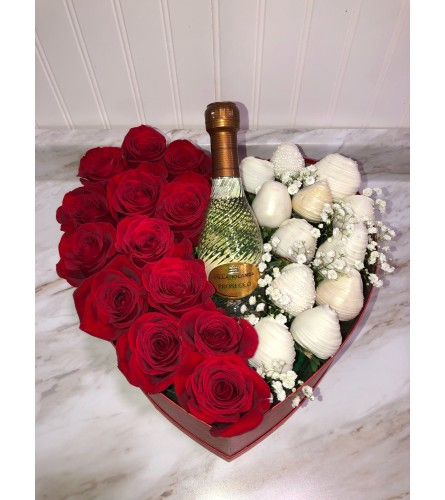 Rose Box With Berries And Mini Bottle