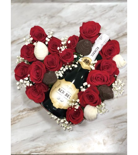 Rose Box With Berries And Champagne