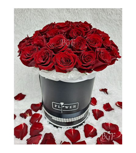 Roses in Couture Black Box