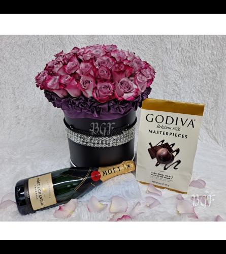 Manhattan Lavender Roses in Black Box Luxe