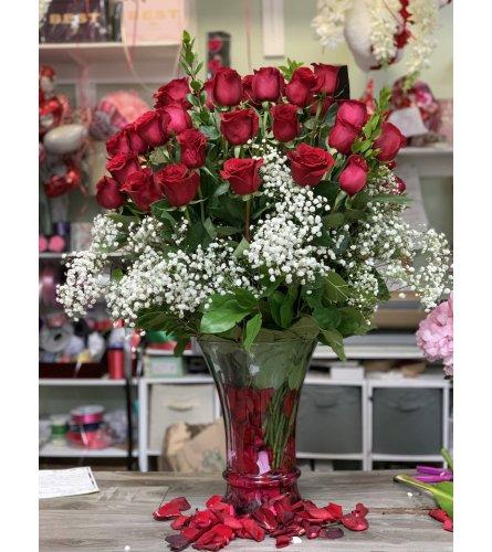 4 Dozen Red Roses In Vase