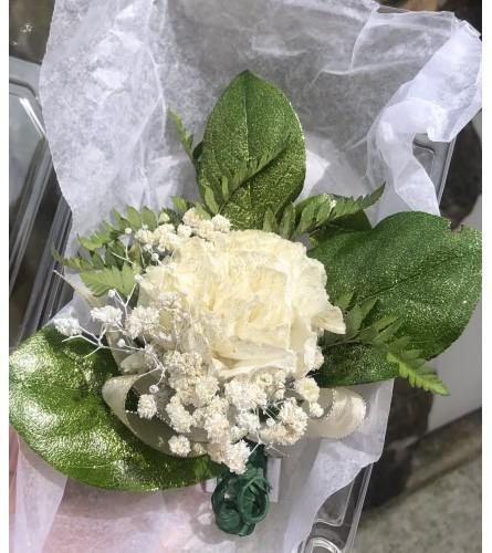 Carnation Boutonniere w/ Glitter