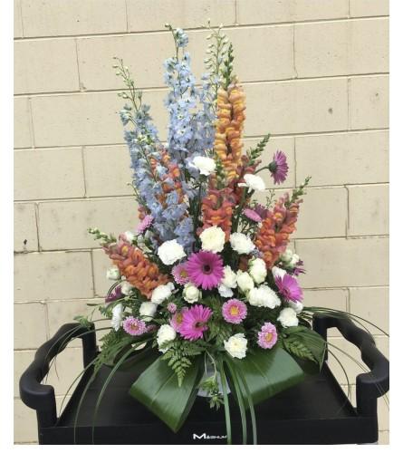 Beautiful Arrangement By Dynamic Flowers
