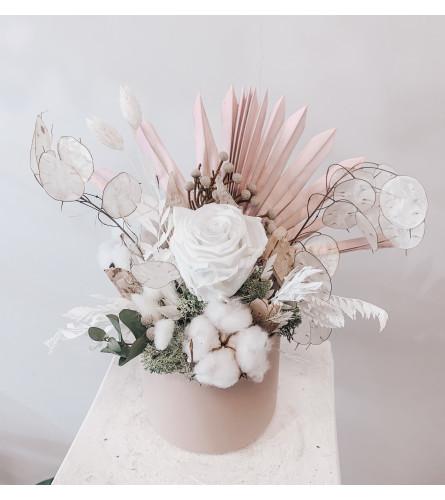 Sweet unique- Preserved floral arrangement