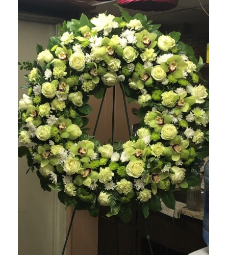 CUSTOM GREEN WREATH