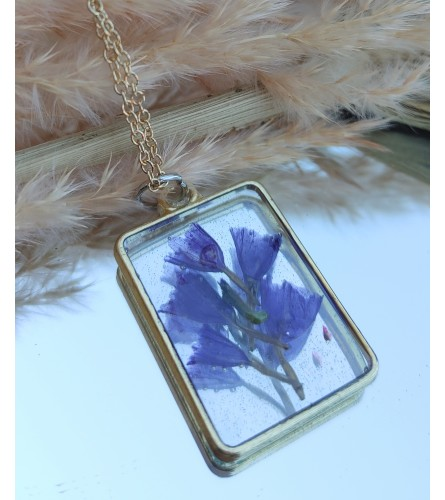 Real Dried Flower Resin Necklace - Statice