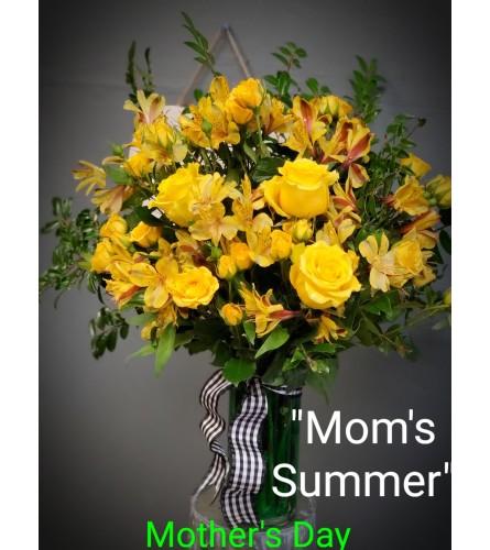MOM'S SUMMER