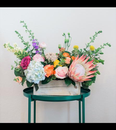TR Floral Signature Deluxe Mother's Day Arrangement