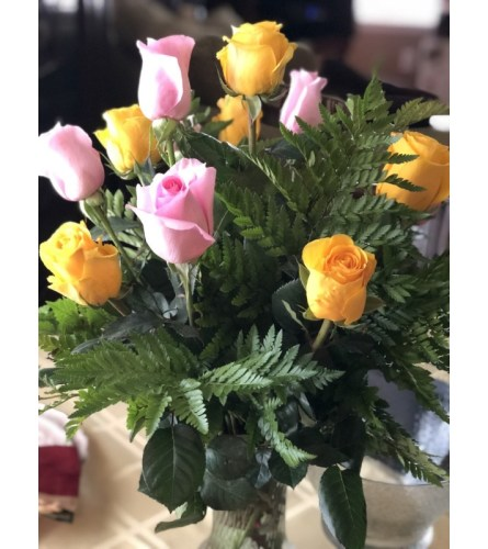 YELLOW & PINK VALENTINE`S DAY ROSES